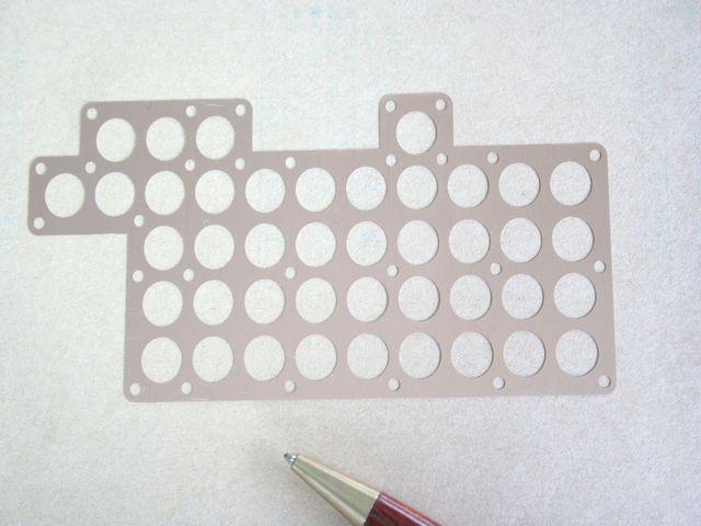 歪レス 多孔シム(スペーサー)の少量製作画像