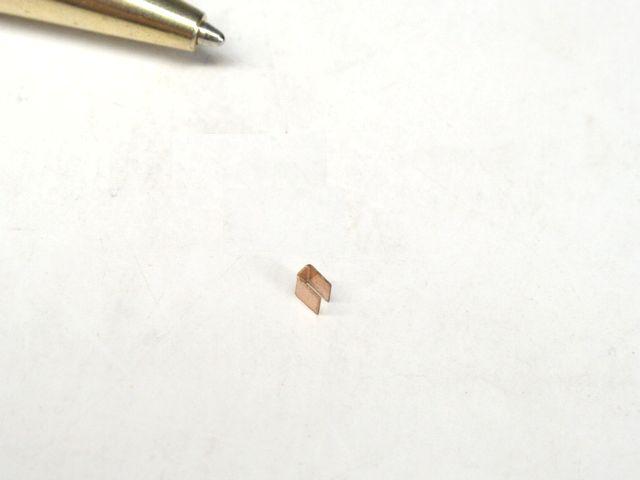 りん青銅 コの字接点バネ画像