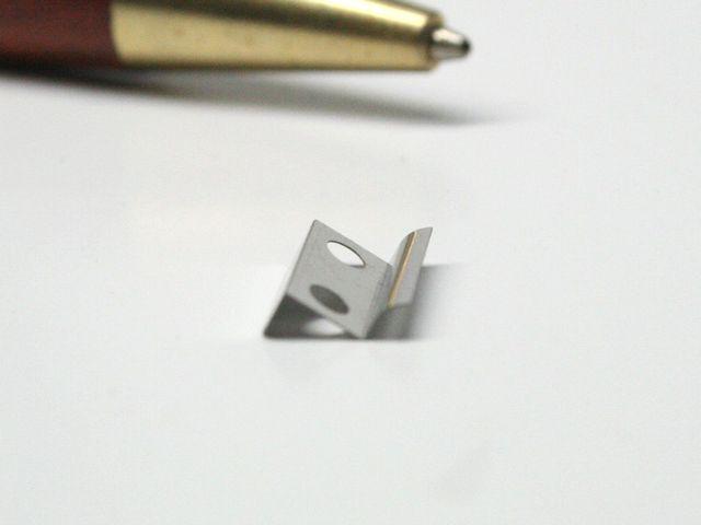 精密板バネ 金型レス製作