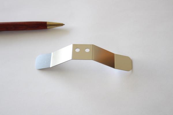 ステンレス製 押え板バネ(板厚0.8)画像