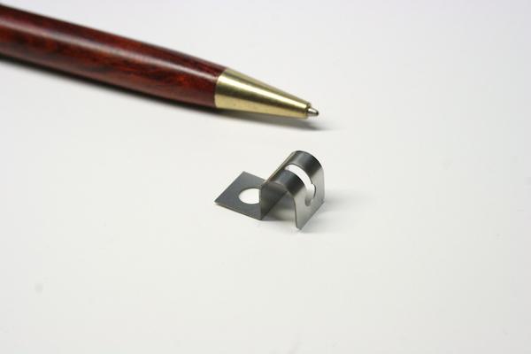 ステンレス製 板バネの少量製作画像