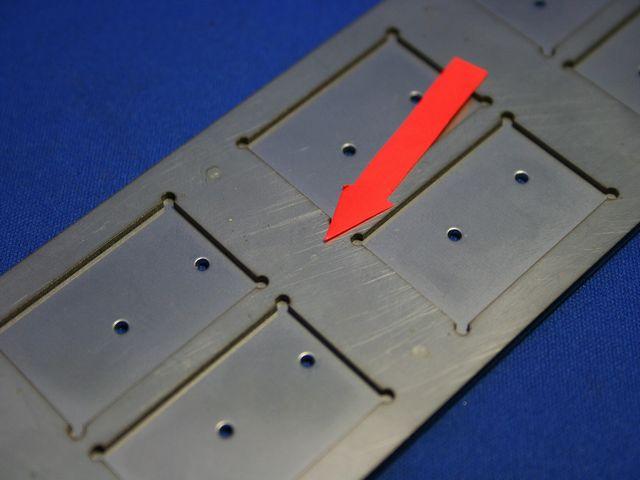 半導体チップ用搬送トレイ、製作方法のご提案画像