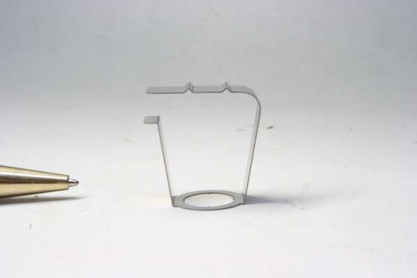 ステンレス鋼 板バネの少量生産画像