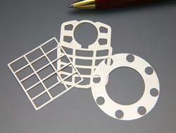 シム板製作 自由な形状画像