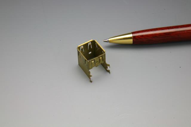 液晶テレビ用コネクタ製作事例画像