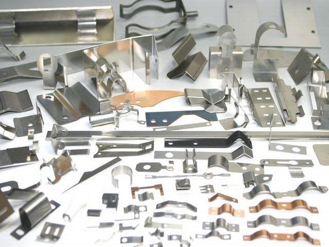 スプリングメーカー 板バネ製作専門画像