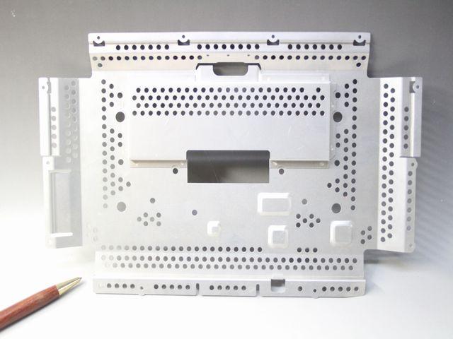 アルミ シールドケース(ノートPC用)画像