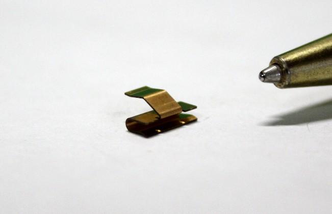 りん青銅t0.15 接点バネ試作画像