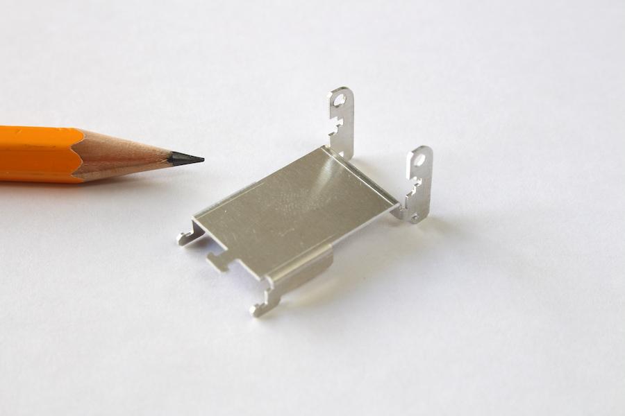 t0.5ミリ 純アルミの精密板金加工画像