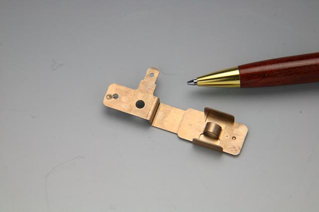 接点金具(AV機器部品)