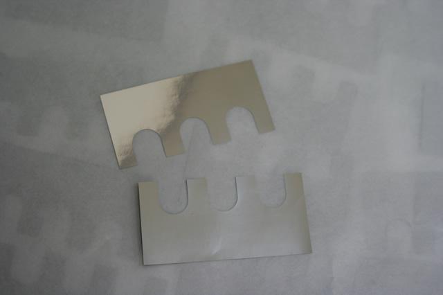 プラズマTV生産設備用シム板 (スペーサー)画像