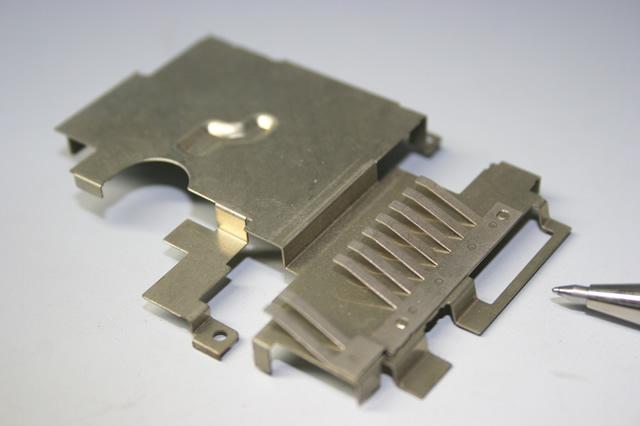 無線機用シールドカバー画像