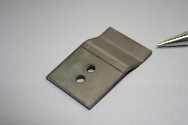 熱交換器用チタン板バネ画像