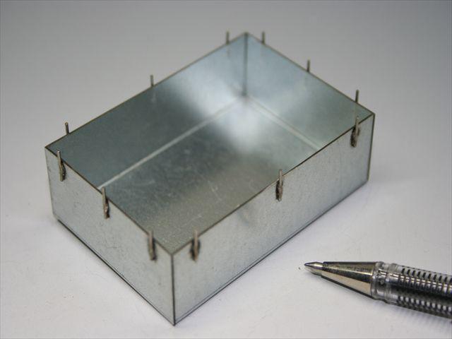 産業機器制御装置用シールドケース画像