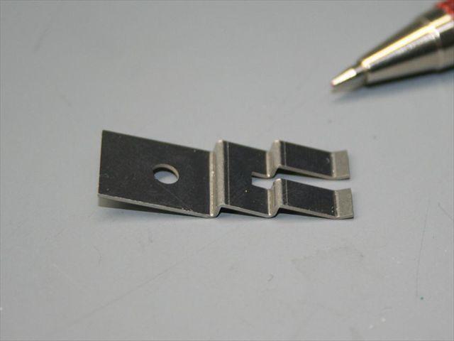 SUS板バネ材 段曲げ加工画像