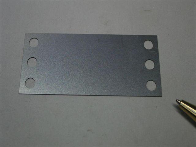 シム板(薄板金属加工) レーザー加工画像