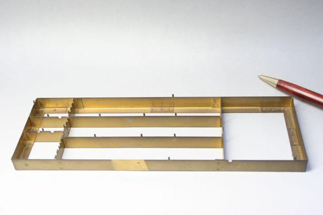 真鍮 シールドケース②(薄板金属加工) 少量製作画像