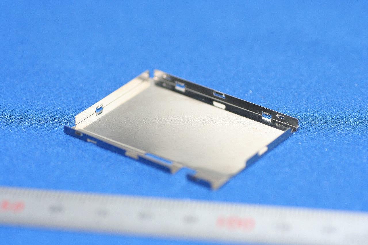 精密板金 液晶TV部品(ケース)試作 SUS3014 1/2H t0.3画像