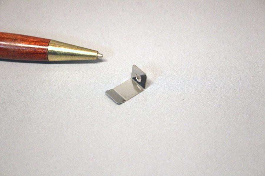 押さえ板バネ(SUS301 CSP t0.2)画像